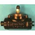 Cylindre de roue gauche